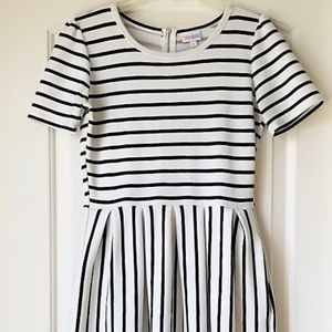 Lularoe AMELIA Black & White Striped Dress SMALL